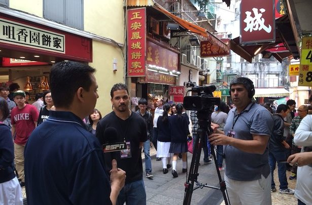 Photo of ESPN's Bernardo Osuna travels to Macau, China to cover Pacquiao-Ríos