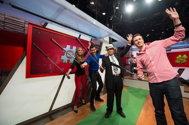 Photo of Legendary golfer Chi Chi Rodriguez visits #Redes set