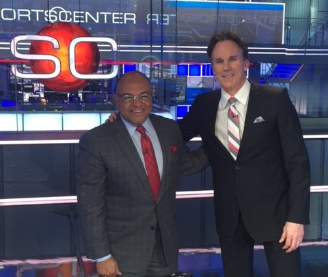 Photo of After starting Sunday in Augusta, Mike Tirico finds his way to Bristol SportsCenter