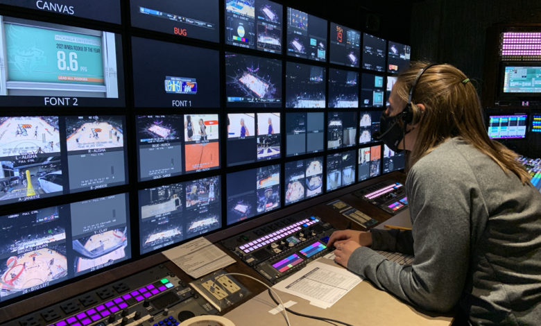 Photo of Laurie Privitera Runs Point On Producing ESPN's Sky-Mercury WNBA Finals Coverage